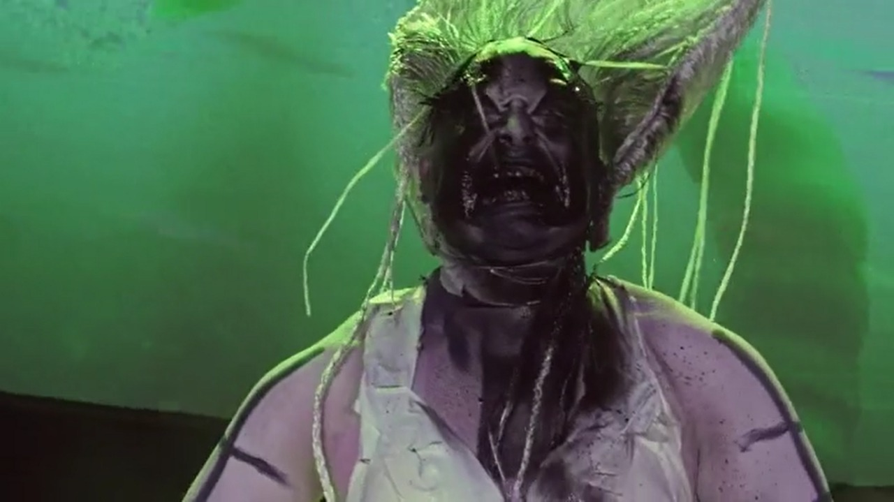 Maddelyn-Hatter-SE03EP05-Face-Draglicious